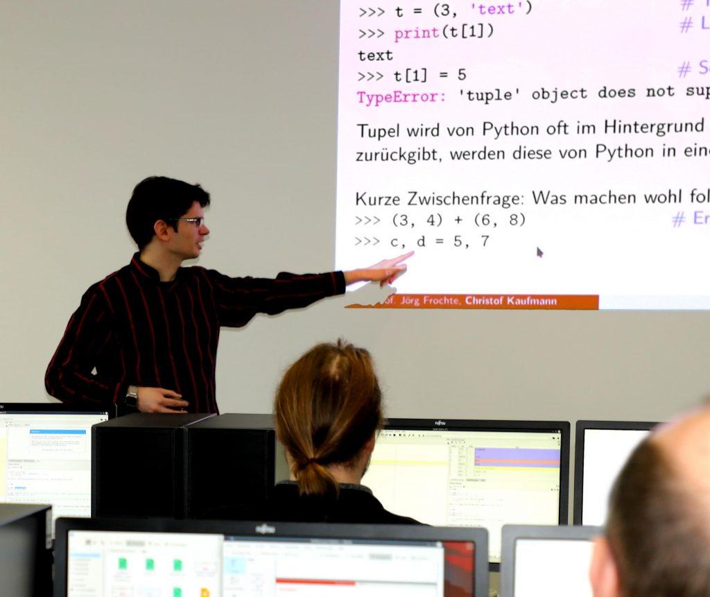 Schulungssituation im Kurs Python für ML